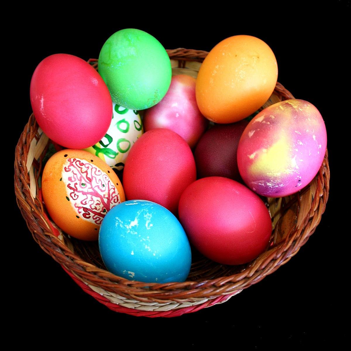 1200px-Bg-easter-eggs-1